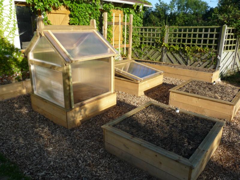 potager en carr s de a z sp ciale d butant au jardin forum de jardinage. Black Bedroom Furniture Sets. Home Design Ideas