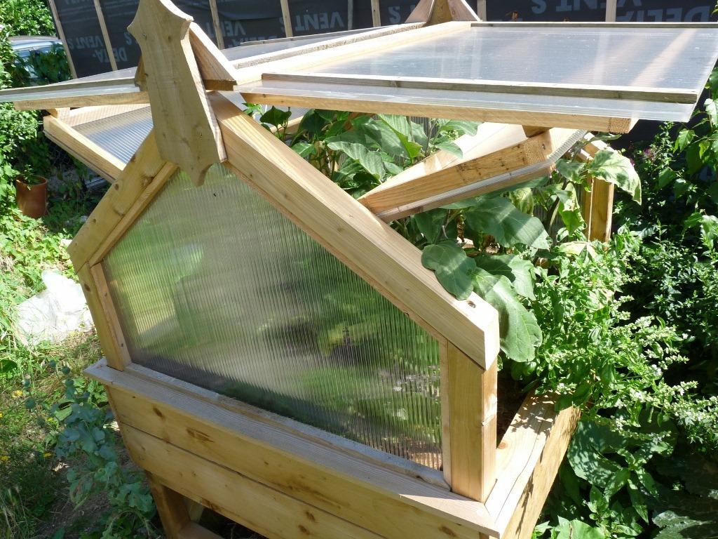 Visite de mon potager en carr s - Rangement de jardin pas cher ...