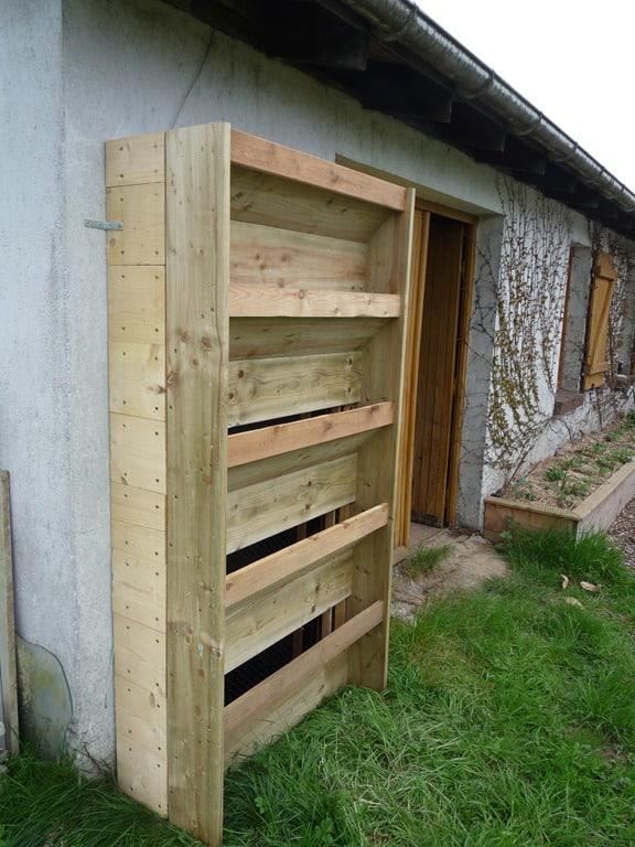 Fabriquer un jardin vertical mon potager en carr s - Comment faire un jardin vertical ...