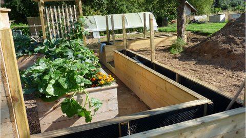 Installer une clôture autour du potager