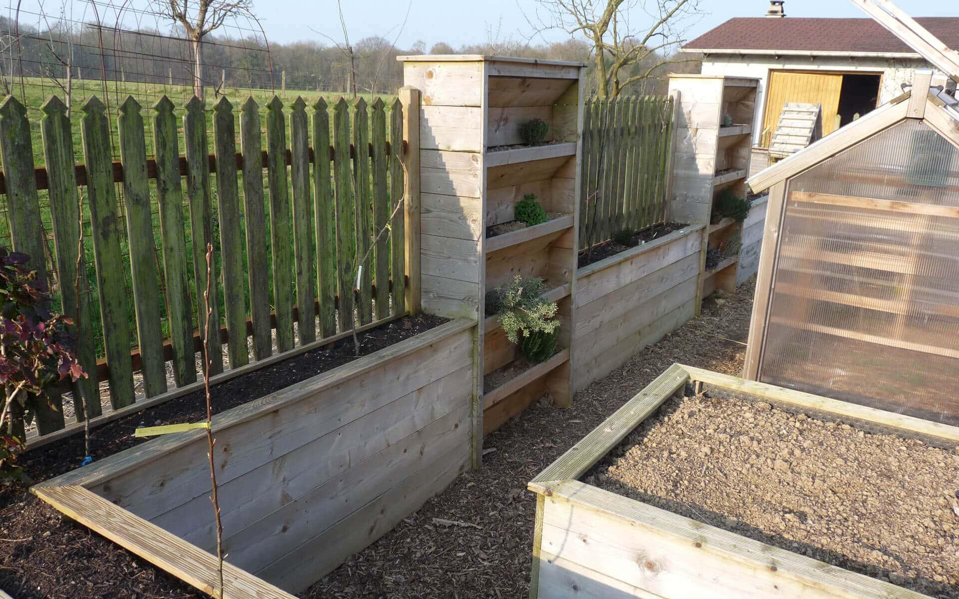 Attendre que la végétation pousse peu prendre du temps dans l'installation d'un brise vent
